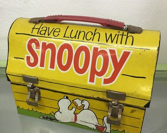 1968 Snoopy Collectible Domed Metal Lunchbox w/o Thermos