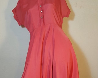 FREE  SHIPPING   Vintage 1940 Taffeta Dress