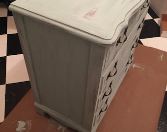 SOLD! Vintage Chest of Drawers