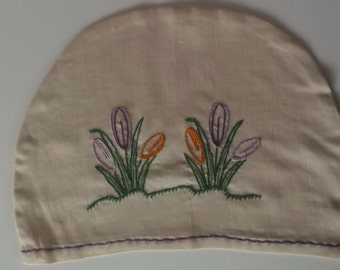 Tea Cosy/cover natural linen embroidered with crocuses vintage 1940/50's