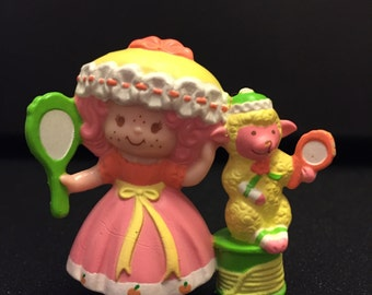 Very Rare Peach Blush Looking in a Mirror Mini Miniature Strawberry Shortcake