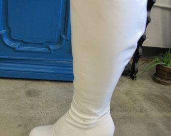 Vintage White Vinyl Platform Go Go Boots Size 7-7.5