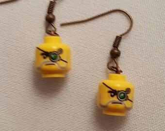 Steam punk mini figure earrings