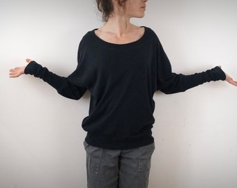 thin hemp and cotton black bat-sleeved sweater