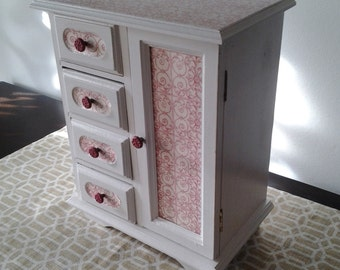 Vintage, hand painted jewelry box in white with red and white damask decoupage