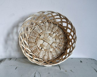 Vintage French Wicker Breadbasket - Rustic Kitchen Decor - France - Shabby Chic - Rustic - Bread Basket - European Vintage - French Cottage