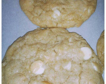 Irresistible White Chocolate Chips with Coconut and Macadamia nuts cookies