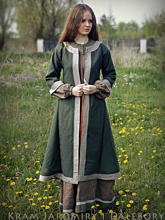 early medieval coat for woman slav rus reenactment. Black Bedroom Furniture Sets. Home Design Ideas