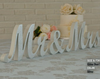 wedding sign light grey mr & mrs, mr and mrs sign, mr and mrs wall decor, mr and mrs table sign, mr and mrs wedding gift