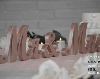 Mr Mrs Wooden Sign and Sweetheart Table