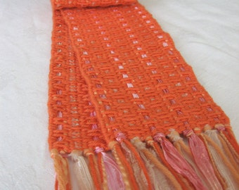 "Handwoven scarf - ""mango"""