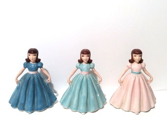 Vintage 1960s Set of 3 Debutantte/Girl/Socialite Dancing Ceramic Hand Painted Figures