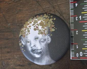 Golden child button