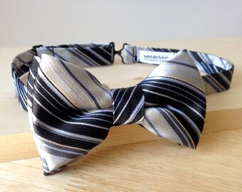Bowtie - black and white silk with light blue stripes - pre-tied - classy gentleman - groom - unique