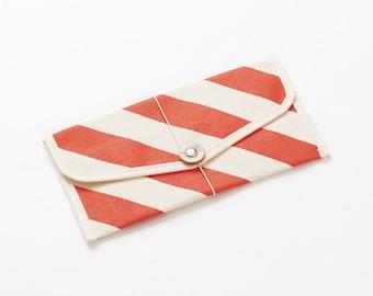 Envelope shape passport case / Stripe - Color options