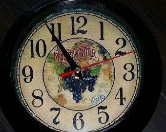 "8"" Grape Clock"
