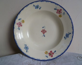 Very pretty French vintage Mary-Lou hand painted  Digoin Sarreguemines soup/cereal bowl