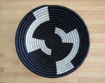 afrikanische brotkorb sisal und sweetgrass von. Black Bedroom Furniture Sets. Home Design Ideas