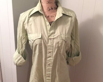 Light Green Vintage Pearl Snap Western Shirt