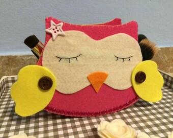 Bathroom beauty up purses or Owl
