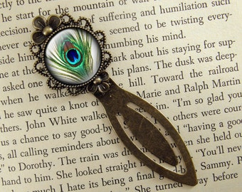 Peacock Feather Bookmark, Peacock Gift, Small Gift, Book Mark, Bronze Clip Bookmark, Antiqued, Book Lover, Book Accessories, Ready Ship