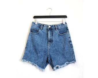Vintage denim short / Boyfriend short / acid wash faded short