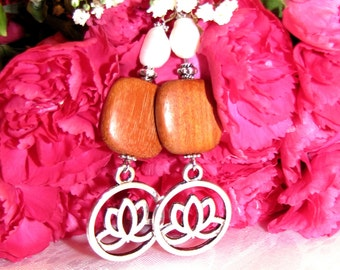 Earring Lotus and wood