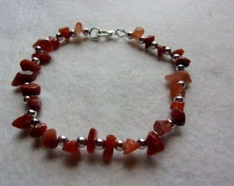 Red Agate Stone Chip Bracelet