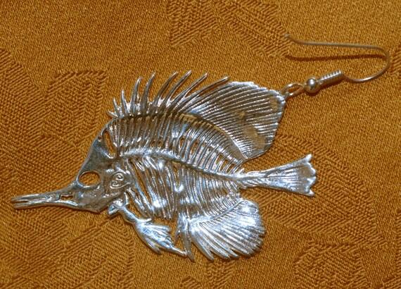 Fish skeleton earrings butterfly fish earrings fish for Fish skeleton necklace