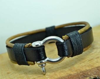 Mens Bracelet,Men's leather bracelet,Mens Leather bracelet,Man bracelet leather,Black and natural leather,Omega clasp
