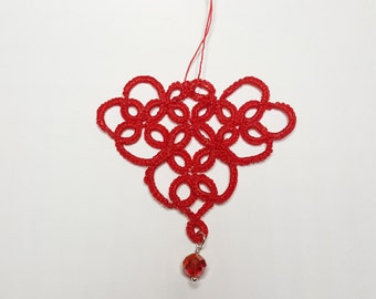 2 pc red hearts, with crystal, tatted