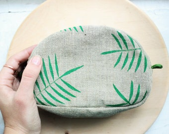 Linen makeup bag, cosmetic bag, makeup bag, palm leaf makeup bag, zip pouch, case, linen, tropics, eco-friendly, gift for her, gift for mom