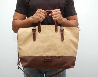 waxed canvas bag with leather handles and closures,vanilla/chocolatte color