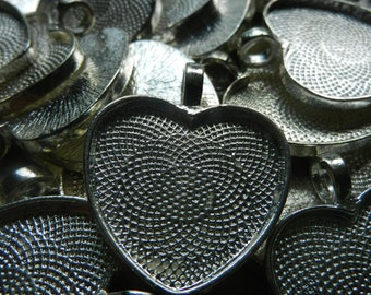 Heart Shaped Bezel Cup Pendants Cabochon Mountings Blank Trays Lot of 88 Silver Toned 25mm 1""