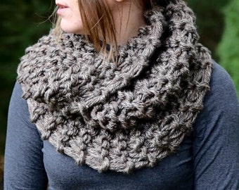 Hand Knit Outlander Inspired Claire's Mobius Cowl in Brown Marble, Chunky Knit, Infinity Scarf, Neck Warmer Clearance! Ships today