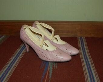 Women Size 6 1/2 Vintage Stanley Philipson Pink Heels Pin up