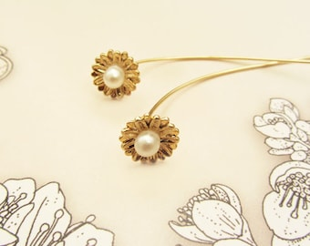 Flower threader earrings/threader earrings/long stem earrings/gold flower earrings/flower earrings
