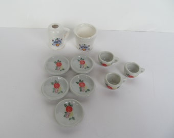 Miniature Doll house Dishes // ceramic dishes // lot of 10