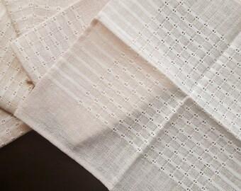 Soft pink vintage tablecloth / napkin set of six
