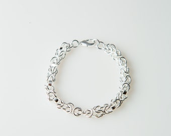 Women Birthday Gifts- Simple and Classy Bracelet