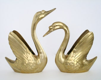 A Pair Of Brass Swan Bookend, Vintage Decorative Home Deco Tableware