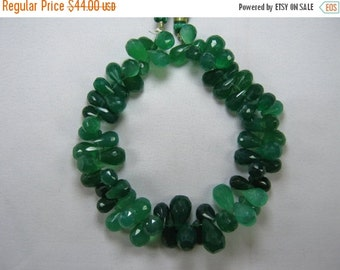 10% Off Green Onyx Drops Briolette Beads