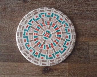 dish round mosaic below