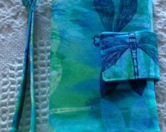 "Wristlet Wallet/Clutch/Tote/Bag/Purse/Pouch/Passport, Wristlet Wallet 6"" x 8"" Dragonflys"