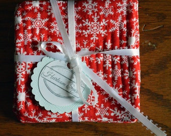 Red Snowflake Quilted Coaster Set of 4