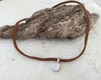 Brown leather chocker with tumbled quartz charm