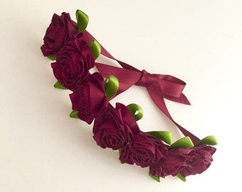 Burgundy flower bun wreath