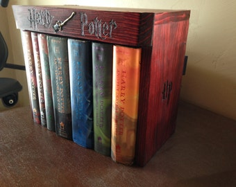 Harry Potter Hardcover Book Garage... BOOKS NOT INCLUDED!!