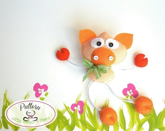 Skinny Pig-PDF sewing patterns-Cute Pig toy-DIY-Handmade plush-Felt toy pattern-Instant download-Small gifts-Valentine's day present