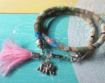 Bracelet style with a small elephant and tassel * hippie * Ibiza style